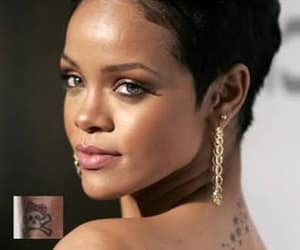 pixie cut, short hair, and rihanna tatoos image
