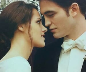 love, bella, and cullen image