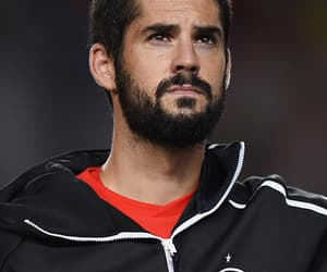 soccer and isco alarcon image