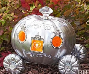 inspiration, outdoor halloween ideas, and holiday diy image