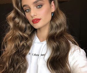celebrity, model, and taylor hill image