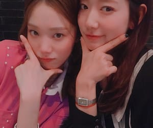 doctors, park shin hye, and lee sung kyung image