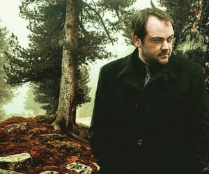 crowley, supernatural, and king of hell image