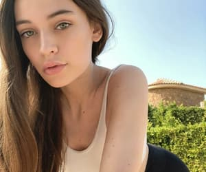 beauty, girls, and felicite tomlinson image