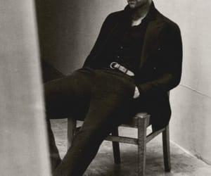 oliver jackson-cohen image