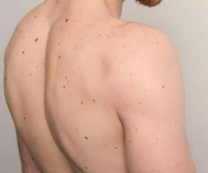 skin, body, and boy image