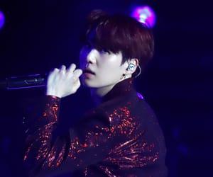 concert, kpop, and suga image