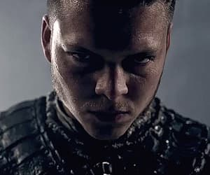 gif, ivar, and vikings image