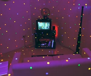 light, grunge, and tv image