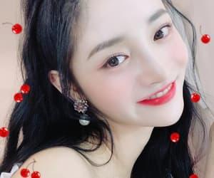 ioi, zhou jieqiong, and jieqiong image