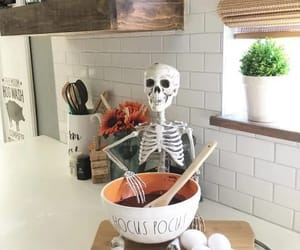 cocina, decoracion, and esqueleto image