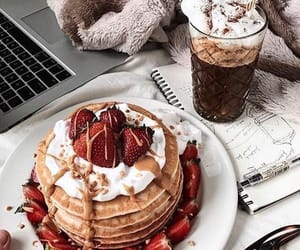 article and recipe for pancakes image