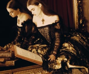 actress and reading image