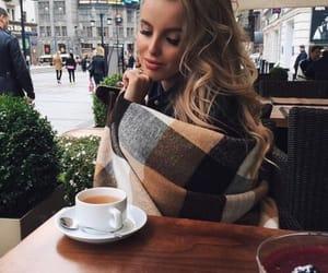 Autumn coffee dates. 🍂☕️