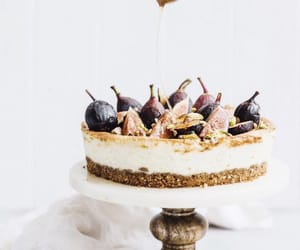 cheesecake, raw, and fig image
