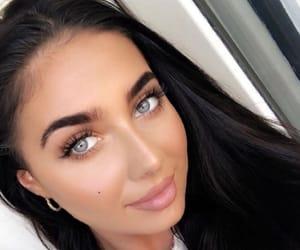 Beautiful Girls, fashion style, and make up makeup image