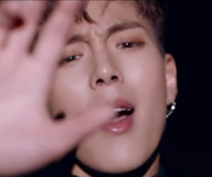 mx, shoot out, and shownu image