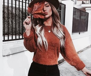 girl, fall, and fashion image