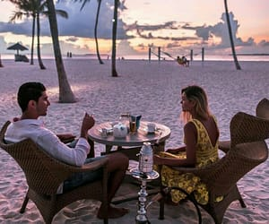 amazing, beach, and couple image