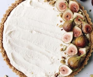 dessert, figs, and tart image