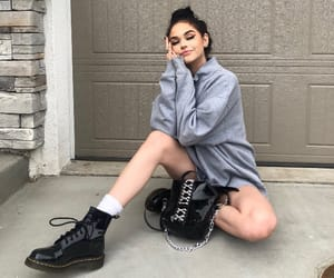 maggie lindemann, beauty, and fashion image