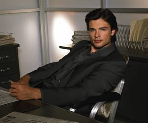 superman, smallville, and tomwelling image