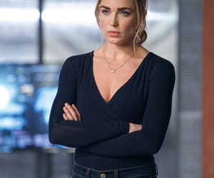 sara lance, legends of tomorrow, and caity lotz image