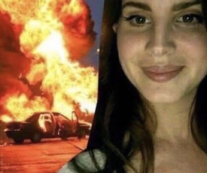 reaction and lana del rey image