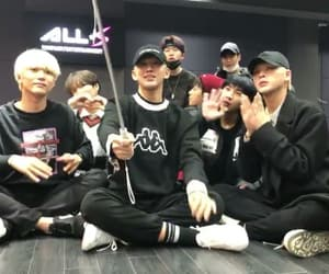 kpop, d-crunch, and 디크런치 image