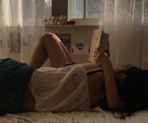aesthetic, girl, and book image