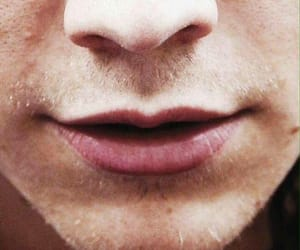 Harry Styles, lips, and one direction image