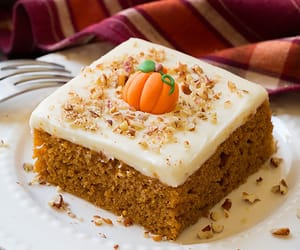 cake and pumpkin image