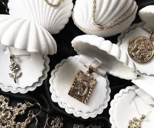 jewelry, gold, and accessories image
