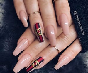 nails, gucci, and nail art image
