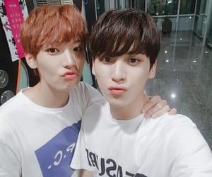 k-pop, inseong, and taeyang image