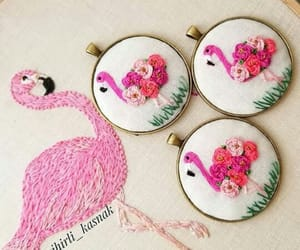 belleza, rosa, and puntadas image
