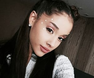 ariana, 2015, and selfie image