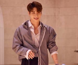Jonghyun, k-pop, and korean image