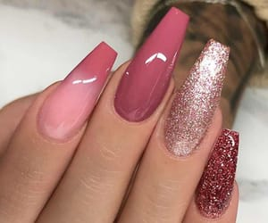 amazing, glitter, and nails image