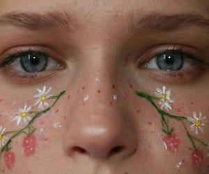 aesthetic, art body, and blue eyes image