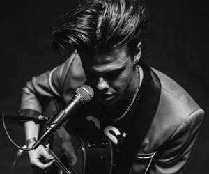 singer, dominic harrison, and yungblud image
