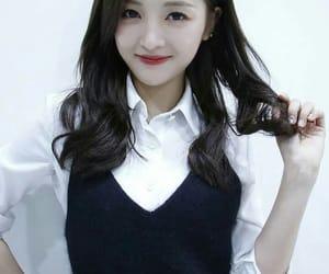 kpop, xuan yi, and cosmic girls image