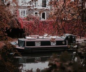 fall, outono, and river image