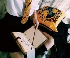 girl and hufflepuff image