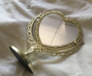 aesthetic, mirror, and heart image