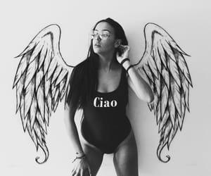 Alas, ángel, and body image