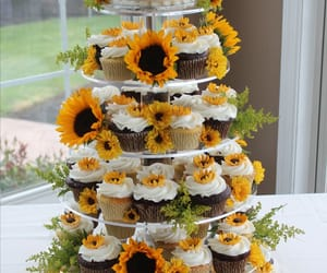 cupcakes, wedding, and sunflowers image