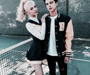 loren gray and couple image