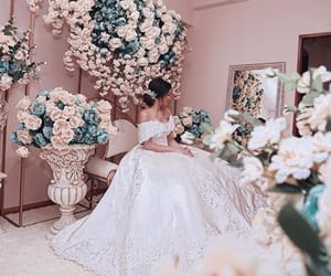bride, classy, and Couture image