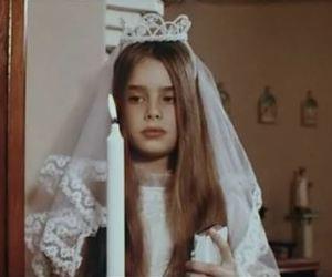 girl, communion, and alice sweet alice image